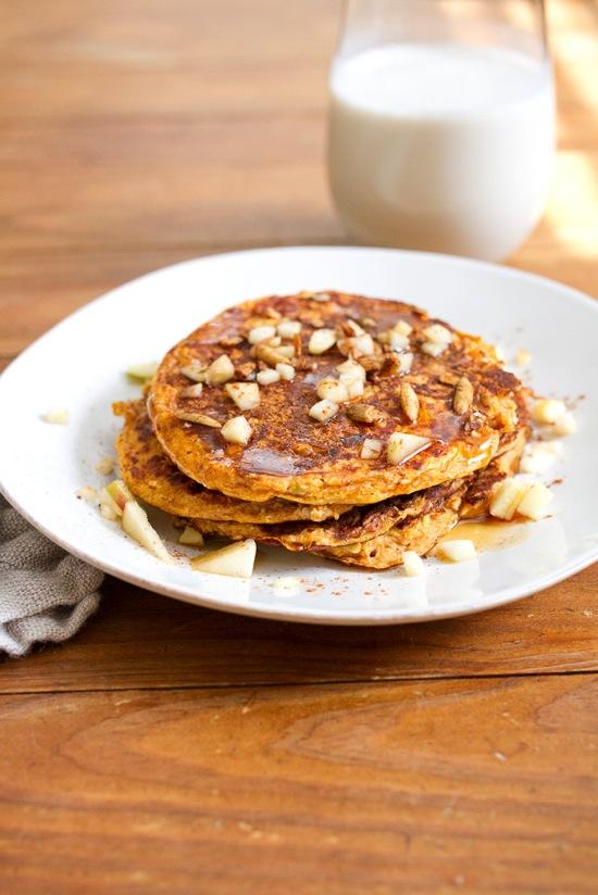 Pumpking Protein Pancakes without Protein Powder or added sugar - tips to reduce sugar intake