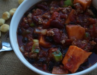 Sweet Potato Veggie Turkey Chili – Slow Cooker Recipe