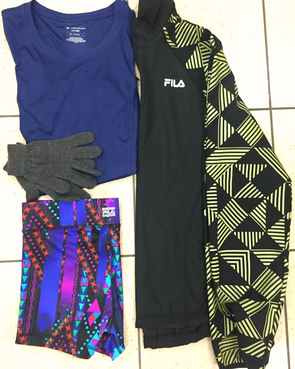 How to layer for a windy run