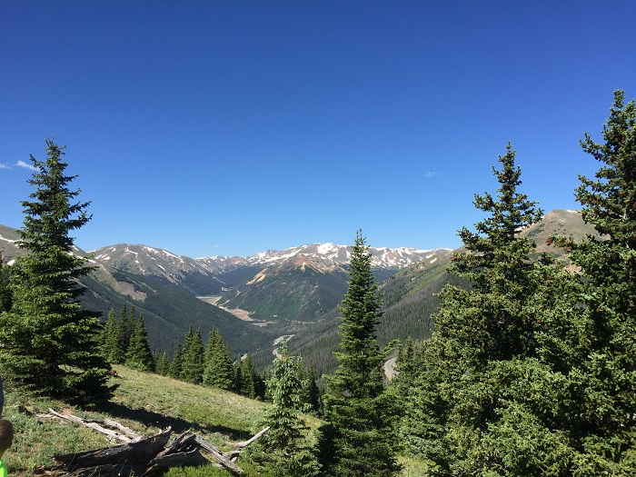 Looking out over the Rocky Mountains from the Continental Divide Trail