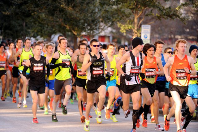 12 Weird Thoughts Every Runner Has at the Start Line