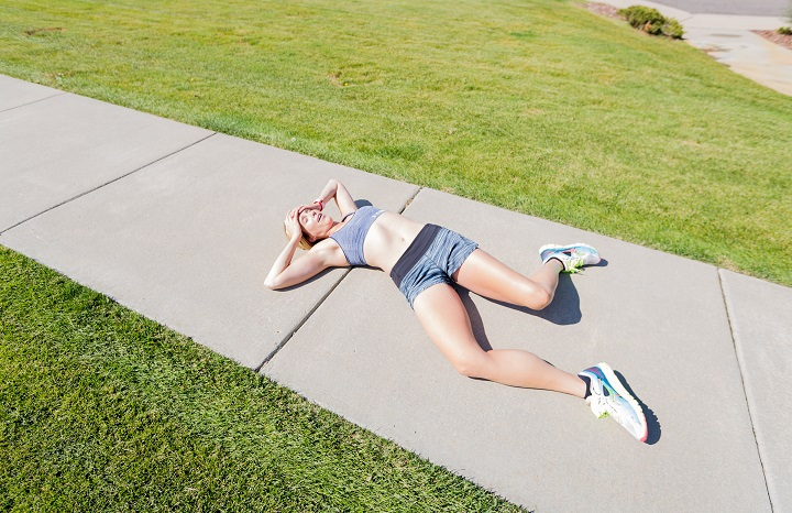 Causes of Stomach Cramps While Running