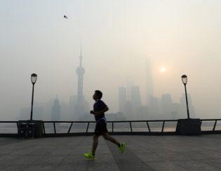 running in smog